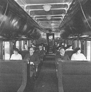 Pullman Open Section Sleeping car in 1916 (Pullman photo)