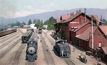 Santa Fe San Bernardino Depot 1915, the station completed 1885, was destroyed by fire in 1916, vintage postcard view.