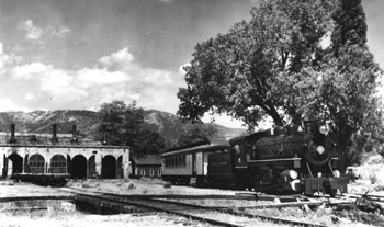 Locomotive No. 5 switches Combine No. 20, Carson City, c. 1947